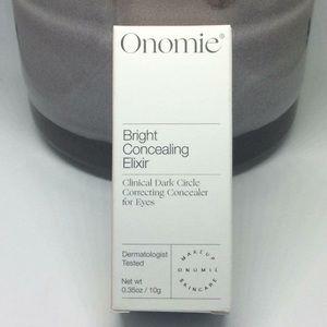Onomie bright concealing elixir makeup
